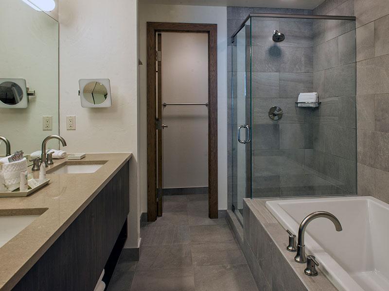 Breckenridge residence master bathroom