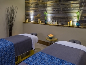 Infinity Spa massage room