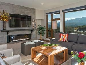 Interior decor of a unit at the Grand Colorado on peak 8